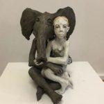 «L'éléphant et la femme», 2018, terre cuite, h: 34 cm